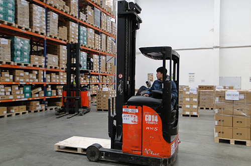 Warehouse forklift operation